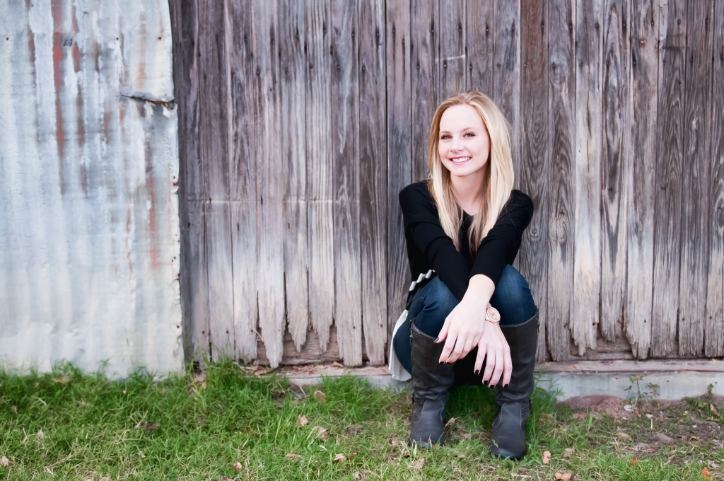 senior portrait photographer in keller, texas terri bahun